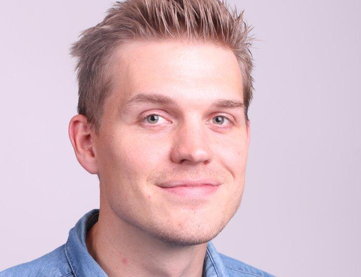 Lars Thore Hertzenberg, AFK